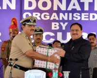 BSF hands over 1500 certificates to Health Minister pledging organ donation
